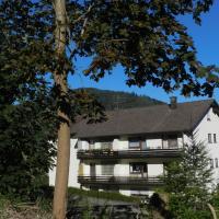 Hotelbilleder: Ferienwohnung Tannwald, Bad Herrenalb