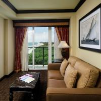 King Suite with Partial View