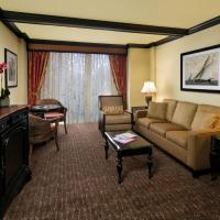 Superior King Suite with Partial View