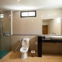 Beach Front Villa - Indoor Bathroom
