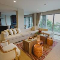 Luxury Three-Bedroom Apartment with Ocean View