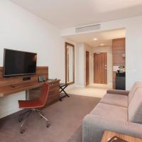 Junior king Suite (3 Adults)
