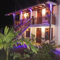 Hotel Pictures: Wimal Wood Stock Surf House, Weligama