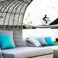 Zdjęcia hotelu: Corralejo Surfing Colors Hotel&Apartments, Corralejo