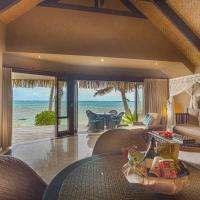 Beachfront villa with Private Pool and Hot Tub