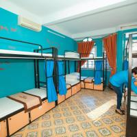 Bed in 8-Bed Mixed Dormitory Room with View