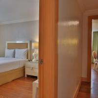 Executive Corner Suite (2-Bedroom)
