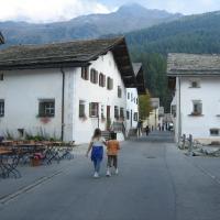 Hotel Pictures: La Chesa Engiadinaisa, Sils Maria