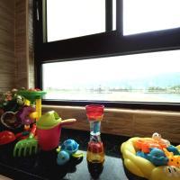 Family Room 1