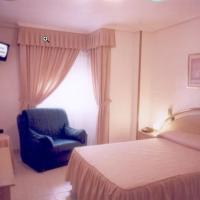 Hotel Pictures: Hotel Restaurante Santos, Santomera