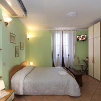 Elite Double Room with Private Bathroom