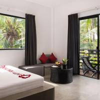 Deluxe Double Room with Balcony - Round Trip Transfers