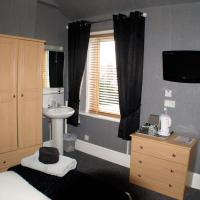 Twin Room with Shower and shared Toilet