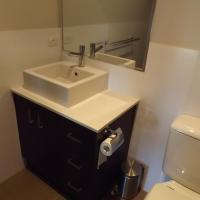 Hotel Pictures: Cypress Water Front Apartments, Mulwala