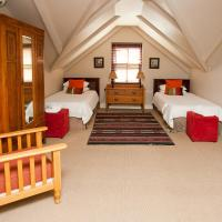 Family Two-Bedroom Suite (6 Adults)