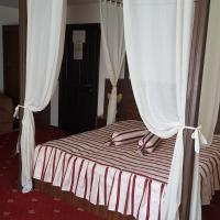 Double Room with canopy bed