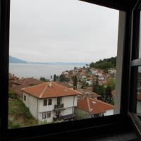 Studio with Lake View and Balcony