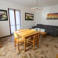 Two-Bedroom Apartment with Garden View - Via Alessandro Volta 22