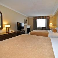 Queen Room with Two Queen Beds and Fireplace