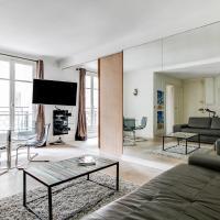 Spacious flat near Arc de Triomphe
