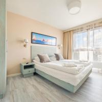 Deluxe Apartment 77