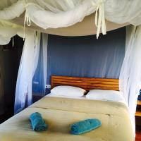 Deluxe Queen Room with Balcony and Sea View