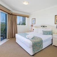 Two-Bedroom Apartment with Terrace (Queen Beds)