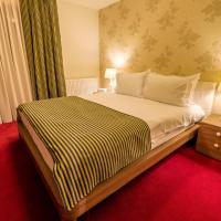 Romantic Suite with Spa access