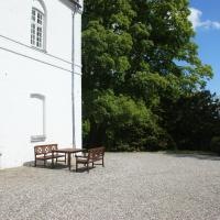 Hotel Pictures: Kokkedal Slotshotel, Brovst