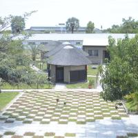 Hotellikuvia: Etuna Guesthouse Court, Ongwediva