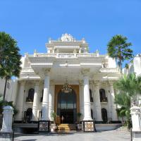 Hotel Pictures: The Grand Palace Hotel Malang, Malang