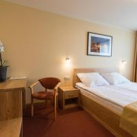 Double Room with Double Bed (1 - 2 Adults)