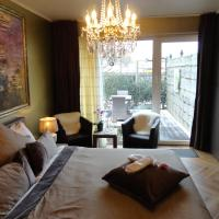 Deluxe Double Room suitable for Disabled People
