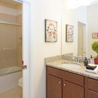 Four-Bedroom Townhouse with Private Pool at Champions Gate