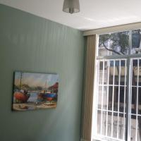 One-Bedroom Apartment - Rua Santa Clara 86/203