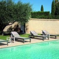 Hotel Pictures: La Belle Vie, Saint-Hilaire-d'Ozilhan