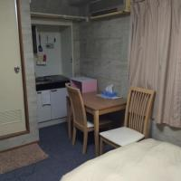 One-Bedroom Apt with Small Double Bed - 101