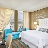 Deluxe King Room with Disability Access