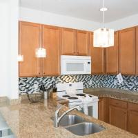 Four-Bedroom Townhouse with Private Pool and Lake View - 481