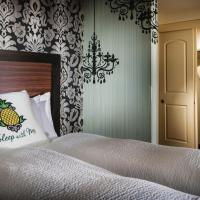 Suite with Two King Beds and Sofa Bed