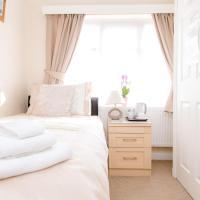 Small Single Room - En Suite