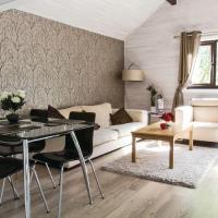 Woodpecker Lakeside Lodge