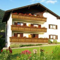Hotel Pictures: Pension Alena, Millstatt