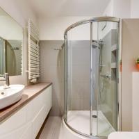 Deluxe Apartment 235