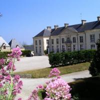 Hotel Pictures: Hôtel Restaurant Du Chateau De Quineville, Quinéville