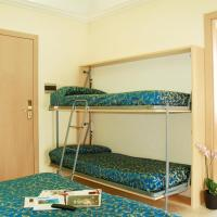 Classic Triple Room with Extra Bed