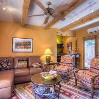 Hotel Pictures: Susan's Hideaway Two-bedroom Condo, Santa Fe