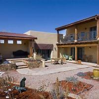 Hotellbilder: Rising Sun at the Plaza One-bedroom Holiday Home, Santa Fe