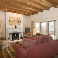 Foto Hotel: Puertas de Canyon Road Two-bedroom Condo, Santa Fe
