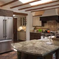 Hotel Pictures: Historic Garden Retreat Four-bedroom Holiday Home, Santa Fe